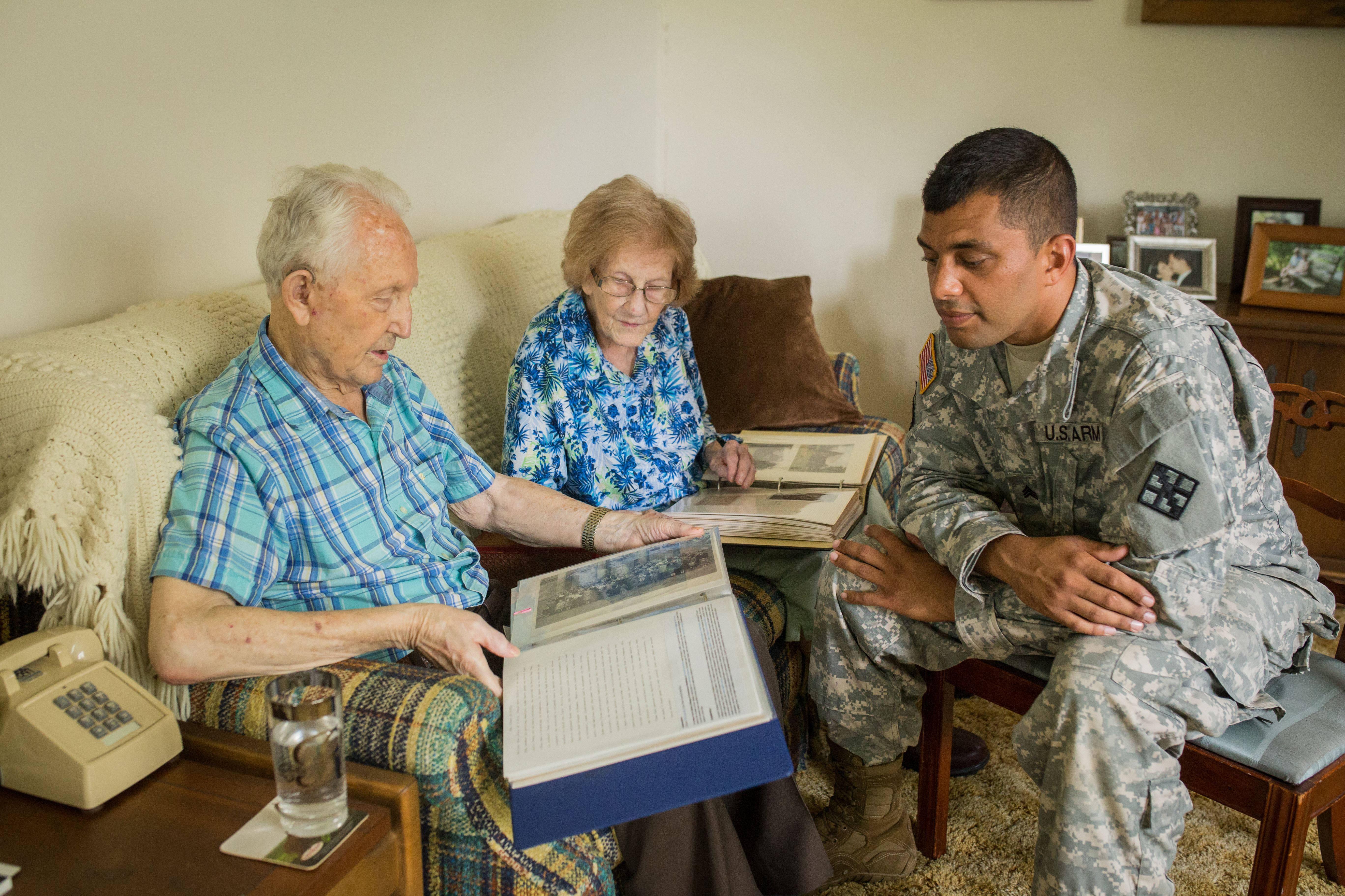 Hospice volunteer providing companionship
